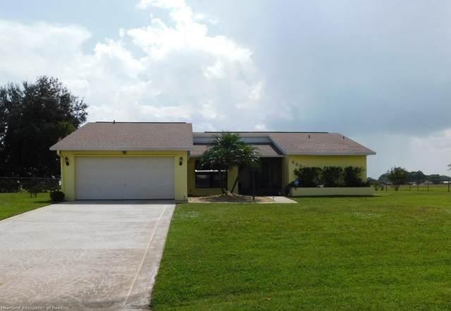 6932 Kenwood Place, Sebring, FL 33876 (MLS #283161) :: Compton Realty