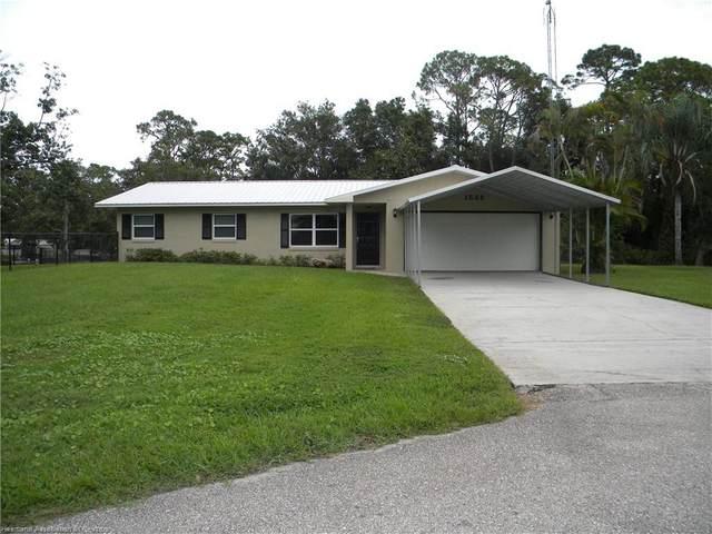 1535 Churchill Street, Lake Placid, FL 33852 (MLS #275947) :: Compton Realty