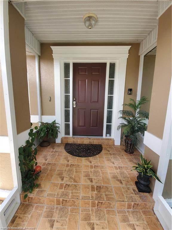 8 Temple Avenue, Lake Placid, FL 33852 (MLS #273944) :: Compton Realty