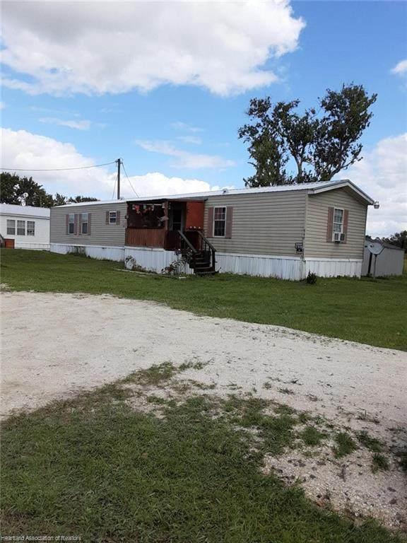 949 Fernleaf Drive, Wauchula, FL 33873 (MLS #276466) :: Compton Realty