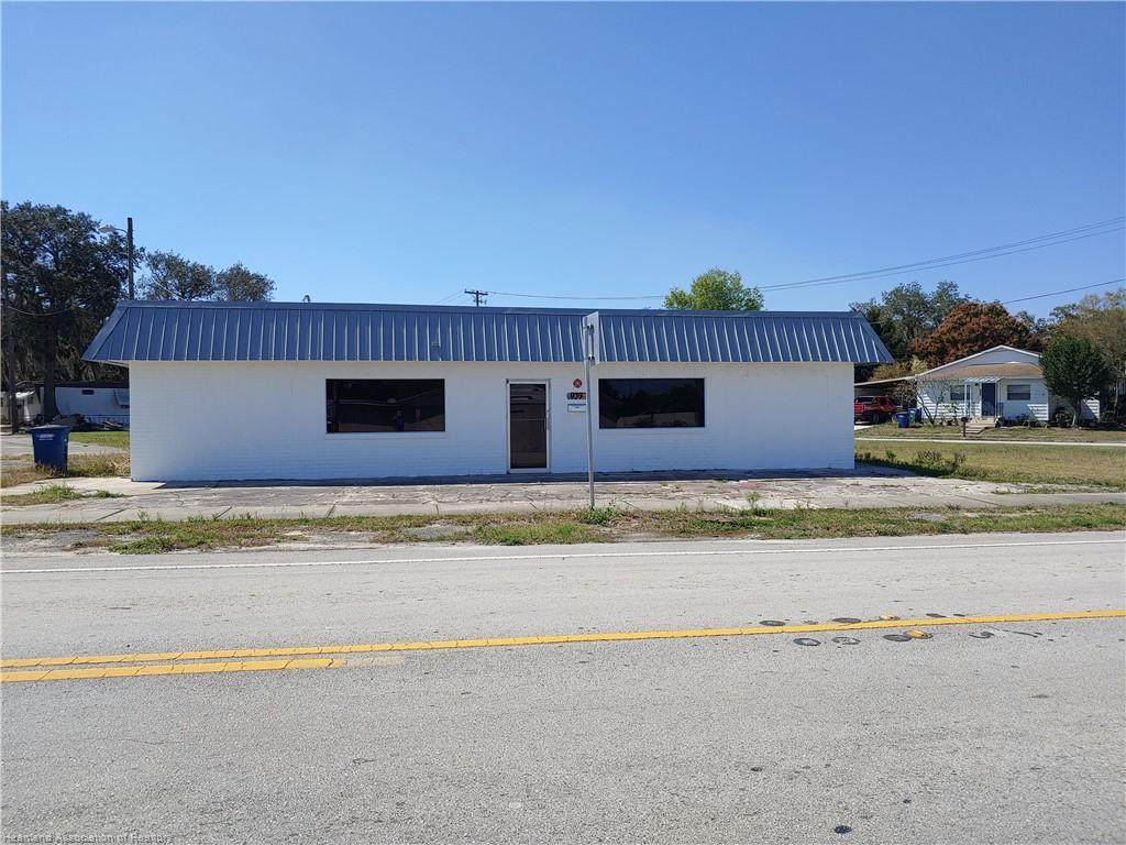 939 State Road 17 - Photo 1