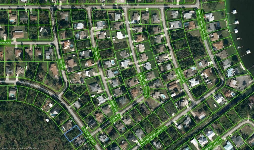 5523 Lake Haven Boulevard - Photo 1