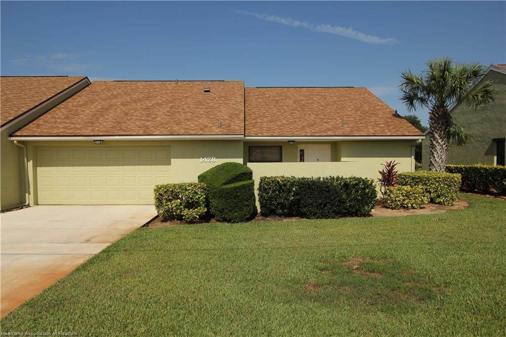 1428 Golfview Drive - Photo 1