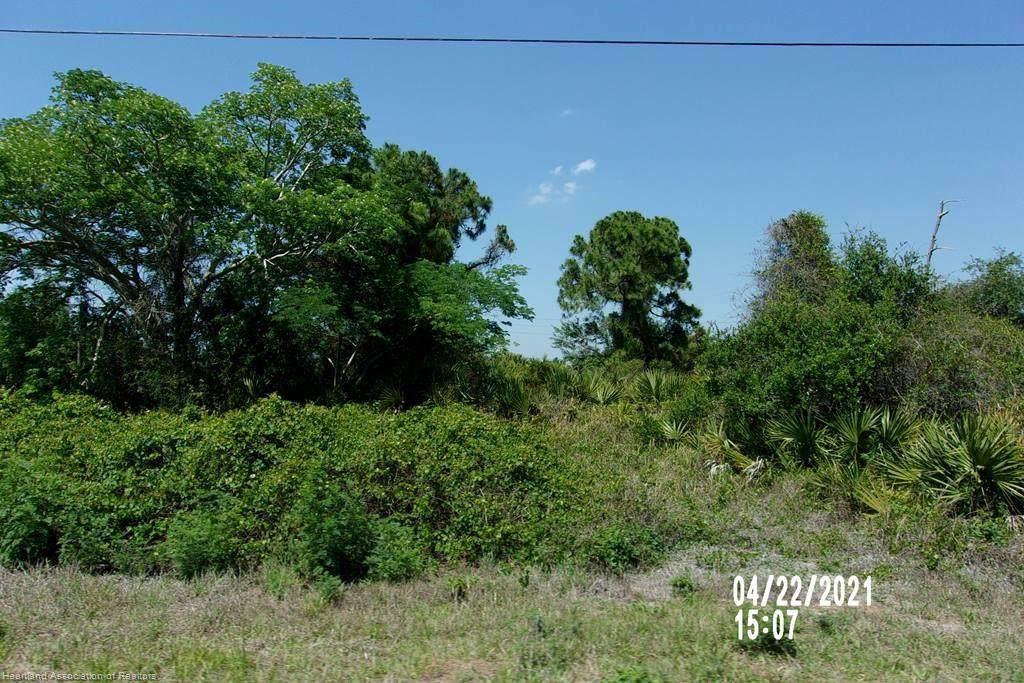 4240 Mackerel Drive - Photo 1