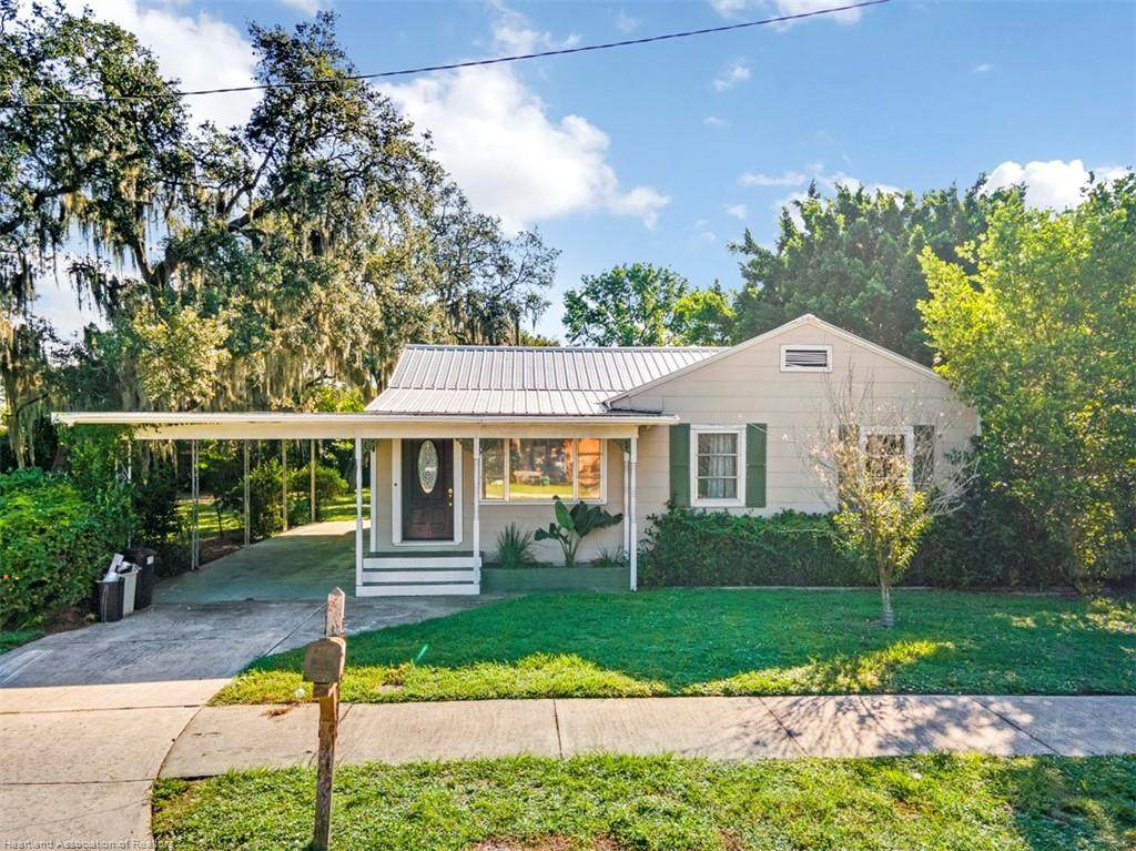 1144 Edgemoor Avenue - Photo 1