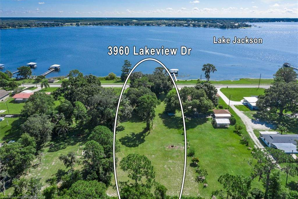 3960 Lakeview Drive - Photo 1