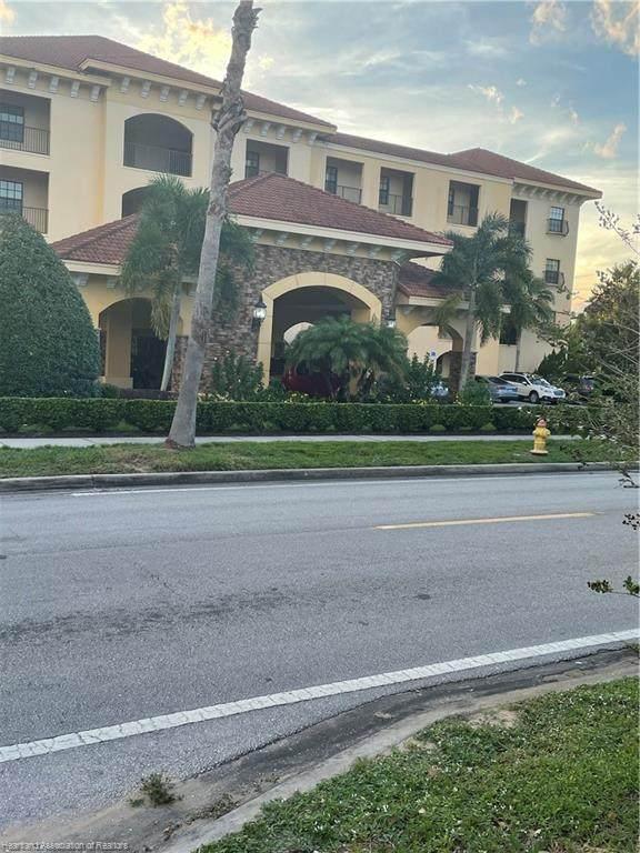 2351 Lakeview Drive #305, Sebring, FL 33870 (MLS #283031) :: Compton Realty