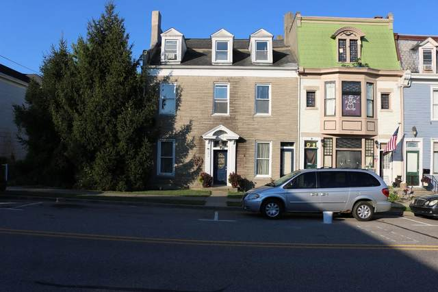 211 Vine Street, Lawrenceburg, IN 47025 (#195636) :: Century 21 Thacker & Associates, Inc.