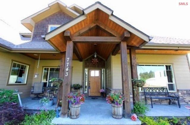 7743 N Mt Carrol Street, Dalton Gardens, ID 83815 (#20190942) :: Northwest Professional Real Estate