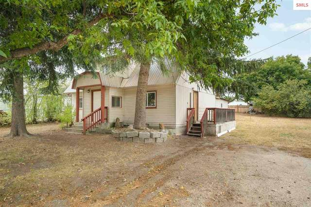 345 E Jefferson, Priest River, ID 83856 (#20202941) :: Mall Realty Group