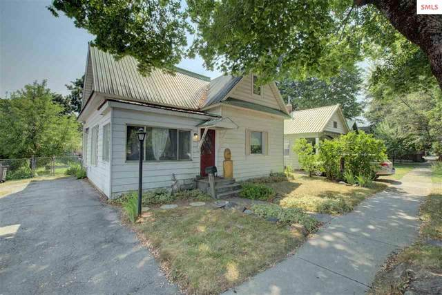 607 Cedar St, Sandpoint, ID 83864 (#20212187) :: Heart and Homes Northwest
