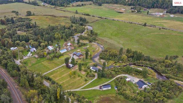 5876 Deep Creek Loop, Bonners Ferry, ID 83805 (#20212867) :: Heart and Homes Northwest