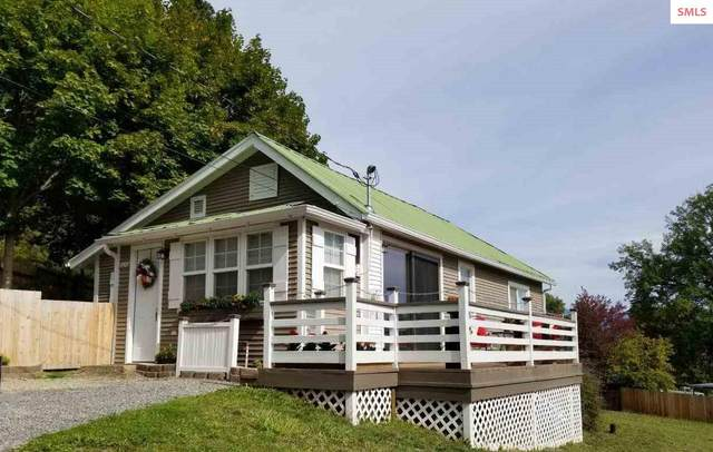 7507 Mohawk Street, Bonners Ferry, ID 83805 (#20212905) :: Heart and Homes Northwest