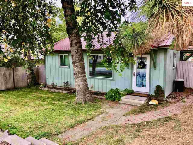 6477 Van Buren Street, Bonners Ferry, ID 83805 (#20213041) :: Heart and Homes Northwest