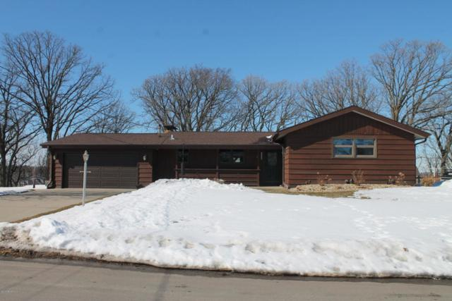 2405 Riverview Heights Drive NE, Rochester, MN 55906 (MLS #4086168) :: Team Nordaune