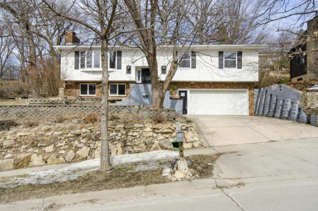 557 Northern Heights Drive NE, Rochester, MN 55906 (MLS #4086224) :: Team Nordaune