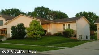 4616 Manor Park Drive NW, Rochester, MN 55901 (MLS #4086243) :: Team Nordaune