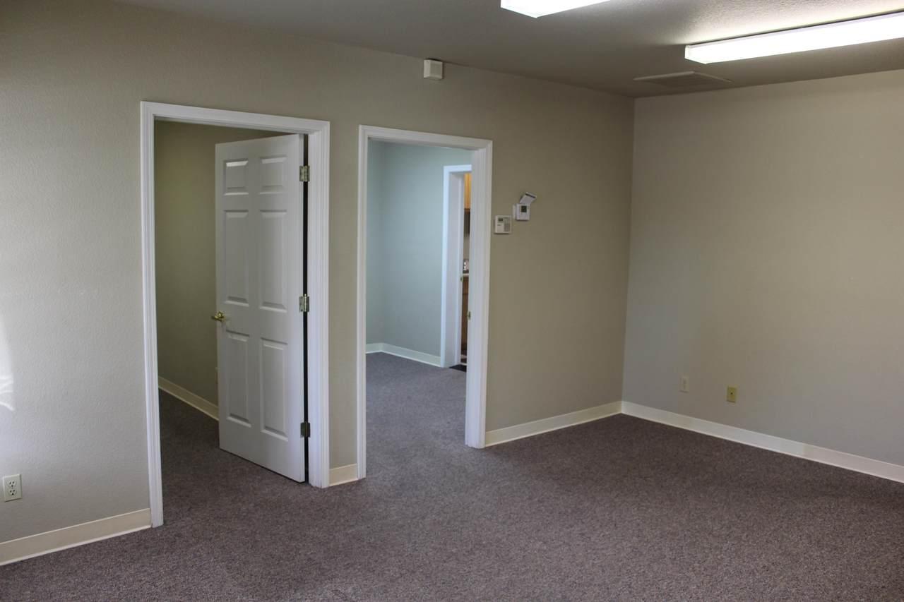 916 E. Cypress Ave., Suite 200 - Photo 1