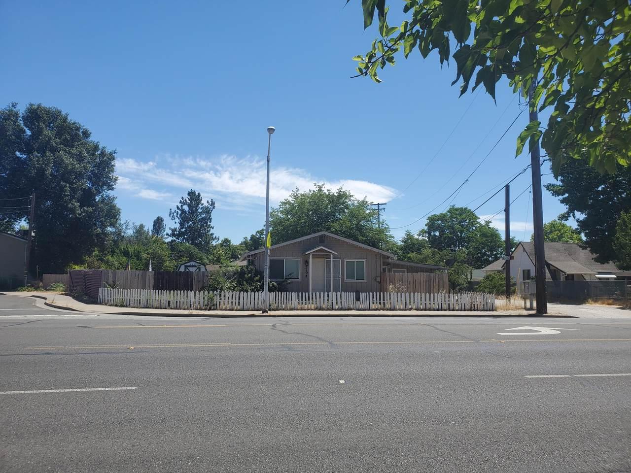 579 Hartnell Ave - Photo 1