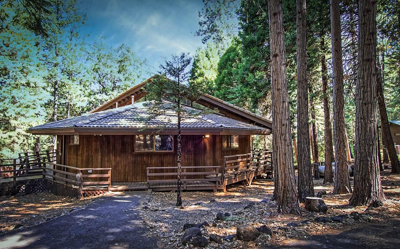 7464 Shasta Forest Dr - Photo 1