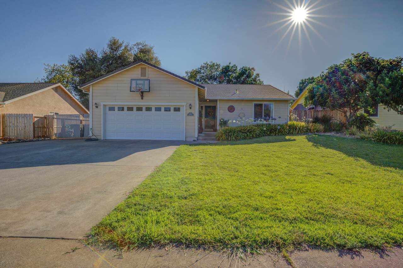 3372 Lawrence Rd - Photo 1