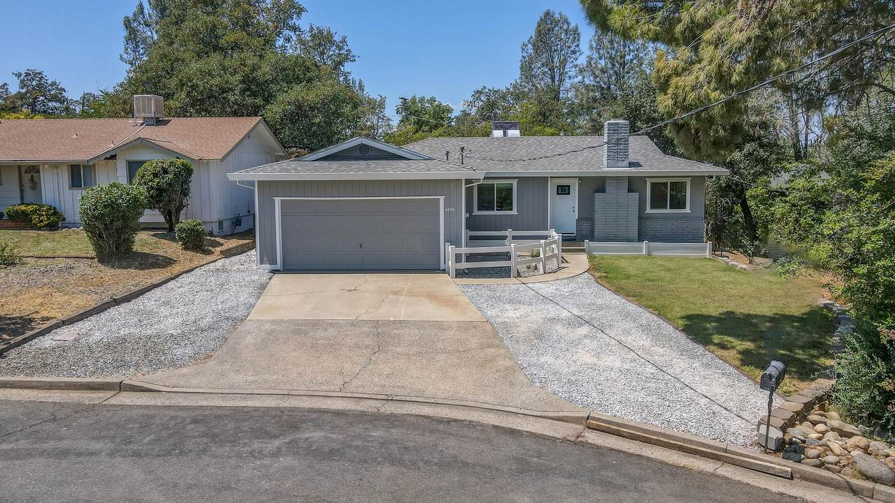 4650 Lookout Court - Photo 1