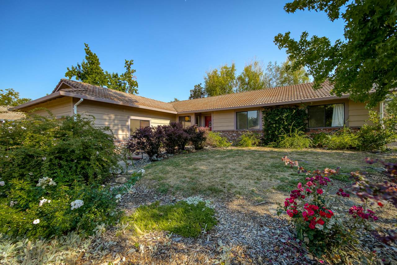 651 Country Oak Dr - Photo 1
