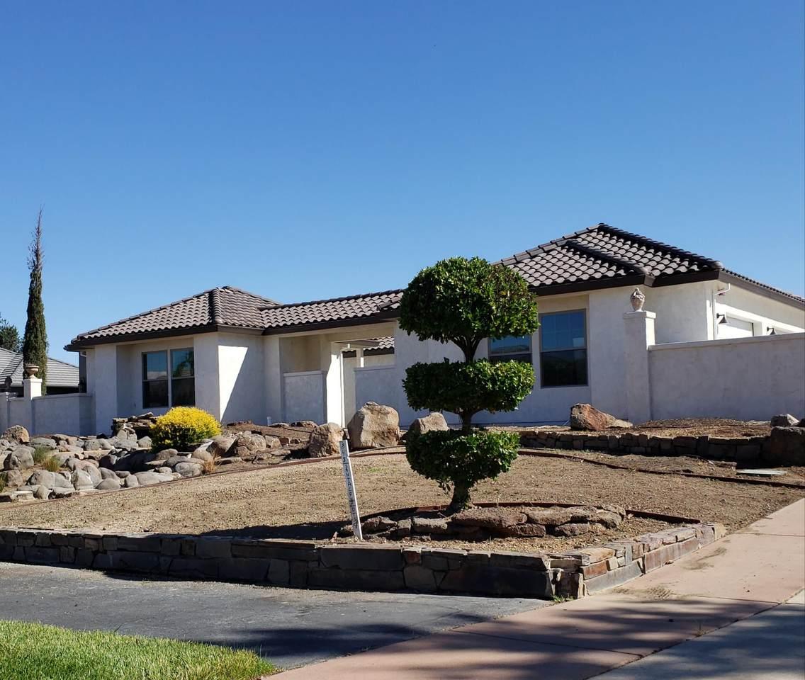 848 Santa Cruz Dr - Photo 1
