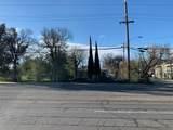 1701 Cypress Ave - Photo 2