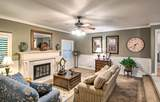15594 Mountain Shadows Dr - Photo 4