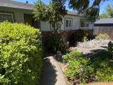 1831 Manchester Dr - Photo 2