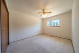 9892 Hillview Dr - Photo 11