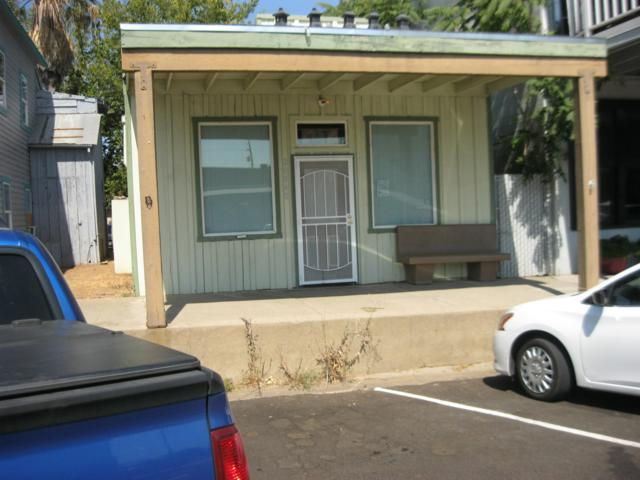 20840 Front St, Cottonwood, CA 96022 (#18-4986) :: 530 Realty Group