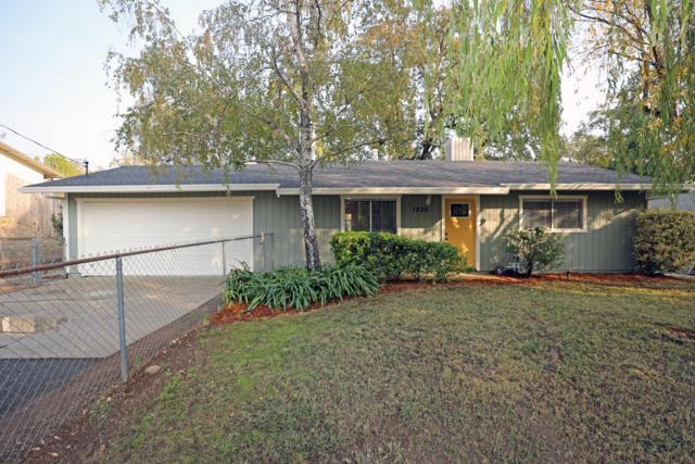 1235 Washington Ave, Shasta Lake, CA 96019 (#18-6368) :: 530 Realty Group