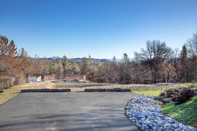 8664 Landmark Cir, Redding, CA 96001 (#19-1157) :: Wise House Realty