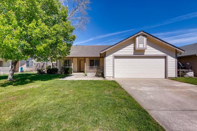 3252 Lyndsey Ln, Anderson, CA 96007 (#19-1850) :: The Doug Juenke Home Selling Team