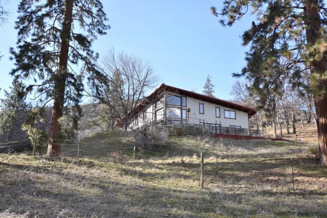 809 Oak Hill, Fort Jones, CA 96032 (#19-2000) :: 530 Realty Group