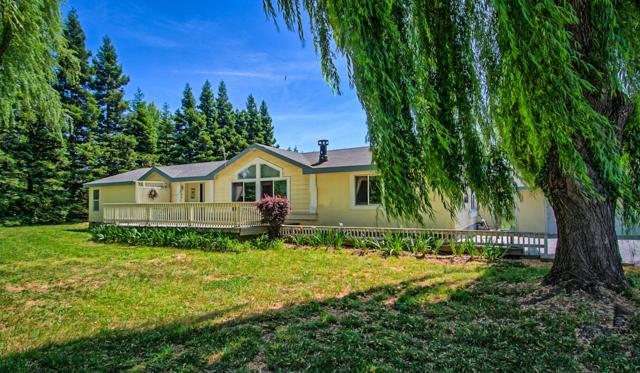 5970 Balls Ferry Rd, Anderson, CA 96007 (#19-2691) :: 530 Realty Group