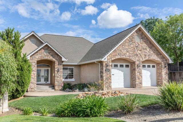 1025 Edgewater Ct, Redding, CA 96003 (#19-2773) :: The Doug Juenke Home Selling Team