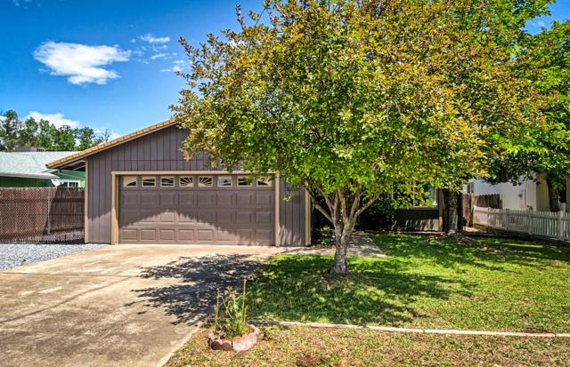 3325 Yokum Rd, Cottonwood, CA 96022 (#19-2817) :: 530 Realty Group
