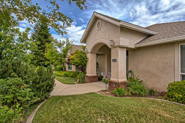 2275 Crescent Moon Dr, Redding, CA 96001 (#19-2827) :: 530 Realty Group