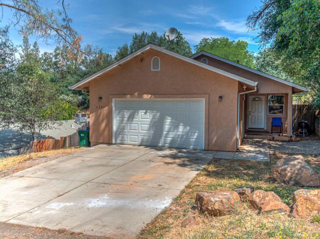 3771 Olive St, Shasta Lake, CA 96019 (#19-3727) :: 530 Realty Group