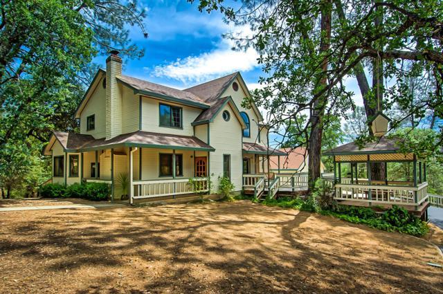 8138 Secluded Valley Dr, Redding, CA 96001 (#19-3875) :: Josh Barker Real Estate Advisors