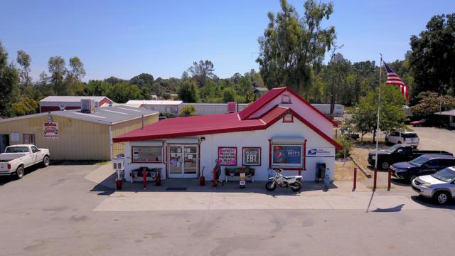 18371 Bowman Rd, Cottonwood, CA 96022 (#19-3893) :: Josh Barker Real Estate Advisors