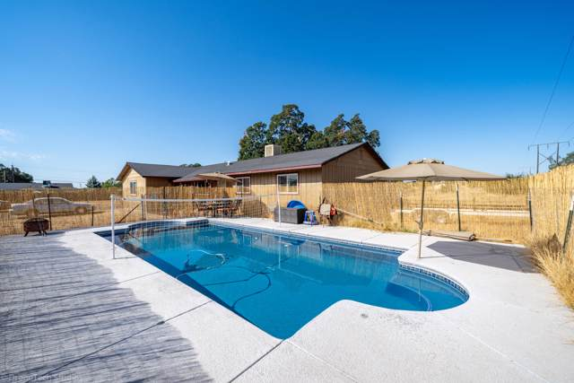 3542 W Anderson Dr, Cottonwood, CA 96022 (#19-4942) :: The Doug Juenke Home Selling Team