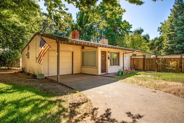 2256 Washington Ave, Redding, CA 96001 (#19-4976) :: The Doug Juenke Home Selling Team