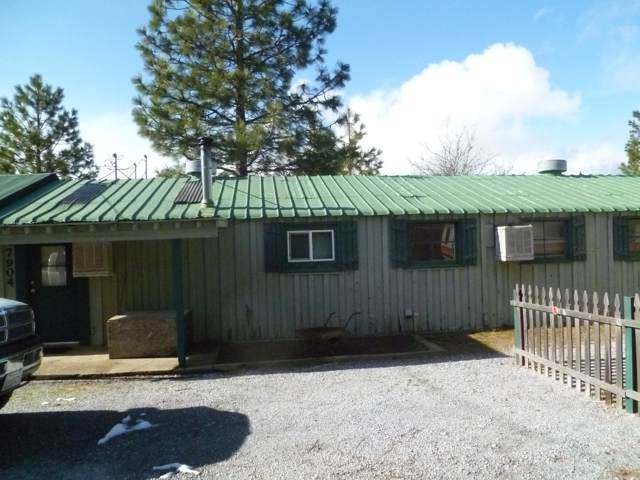7902 Airport Way, Shingletown, CA 96088 (#19-5223) :: Wise House Realty