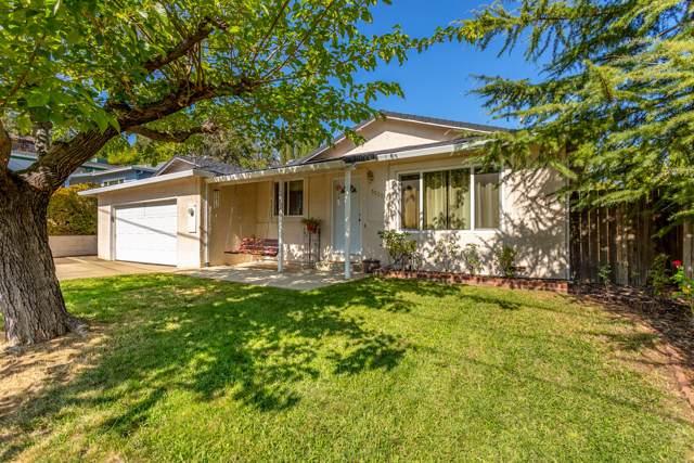 3320 Oakwood Pl., Redding, CA 96001 (#19-5409) :: Josh Barker Real Estate Advisors