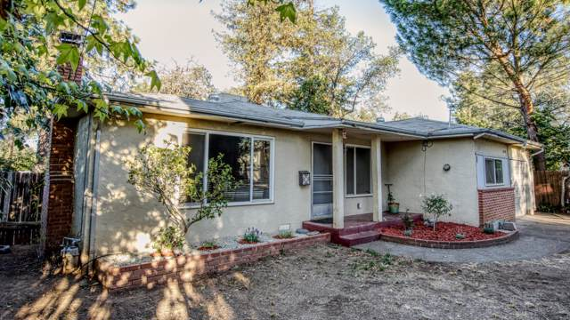 2890 Irwin Rd, Redding, CA 96002 (#19-5449) :: 530 Realty Group