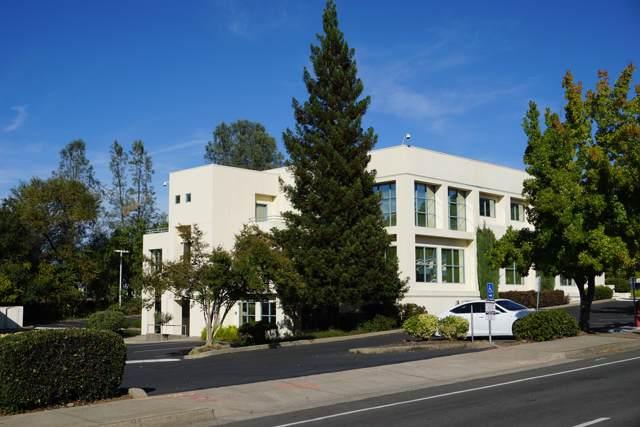 2986 Bechelli Ln, Redding, CA 96002 (#19-5611) :: The Doug Juenke Home Selling Team